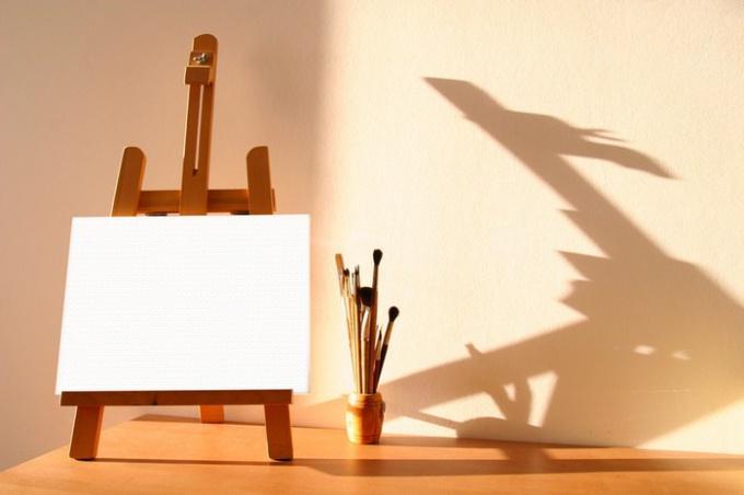 Мольберт - основа художественного произведения!