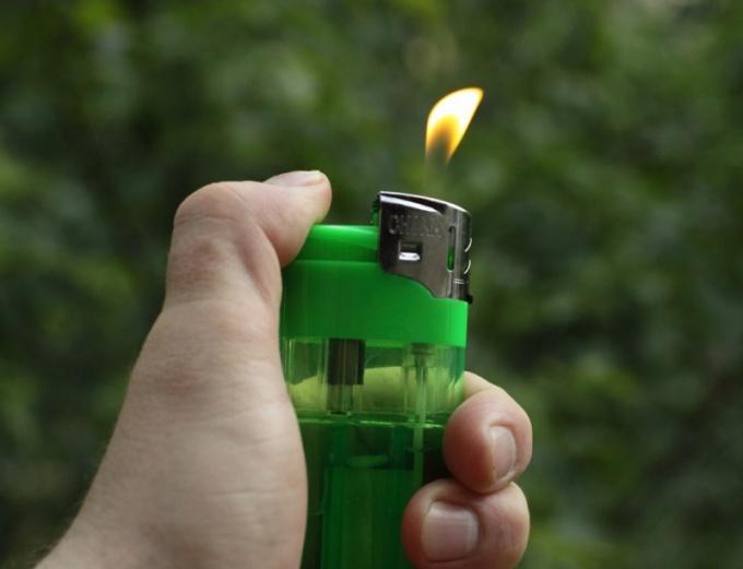 Какой газ находится в зажигалке
