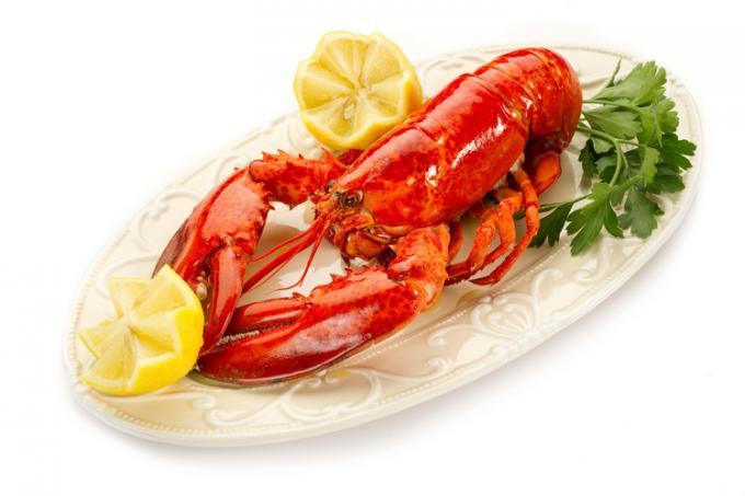 Что вкуснее омар или лангуст?