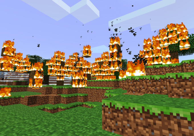 """Как и в реальном мире, огонь в """"Майнкрафт"""" разрушает многие горючие материалы"""