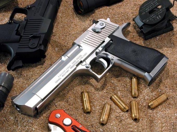 Травматический пистолет — тоже смертельно опасное оружие