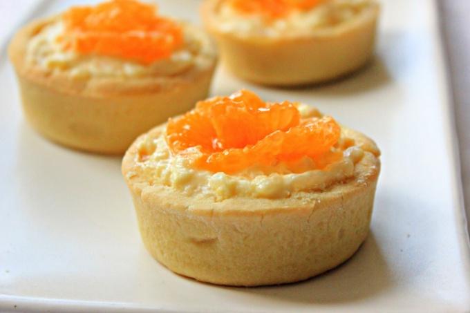 Тартинки с рисовым пудингом и апельсинами