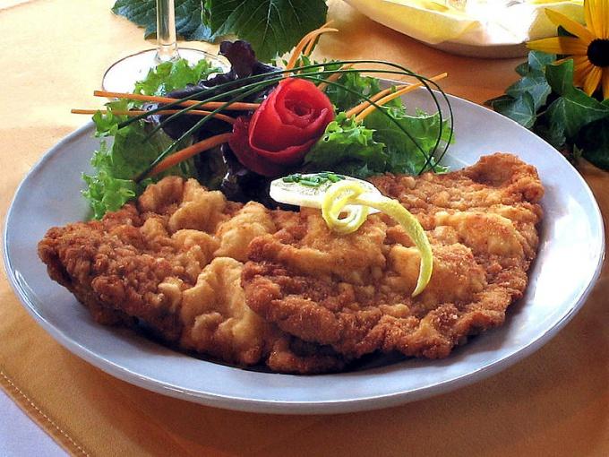 Classic German schnitzel