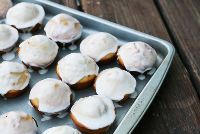 Как приготовить блинные маффины с шоколадом и сахарной глазурью