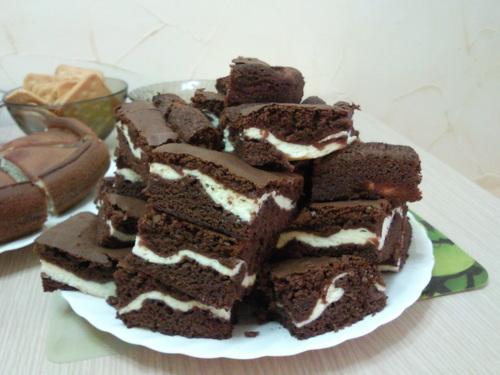 Как приготовить шоколадно-творожные пирожные