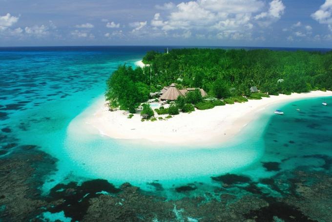 Сейшельские острова, Денис
