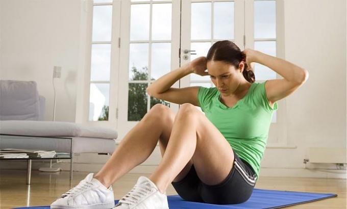 Какие делать упражнения по утрам, чтобы чувствовать себя бодрым