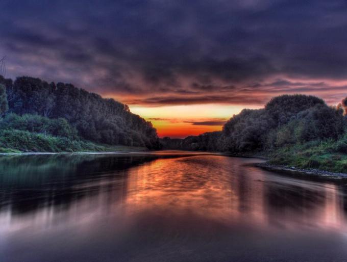 Эзотерический сонник: река во сне - символ времени.