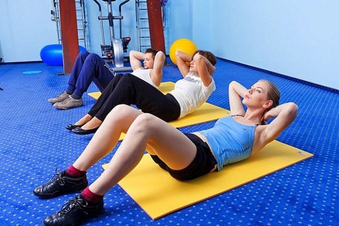 Чтобы упражнения действительно принесли пользу, не пропускайте ни дня занятий лечебной гимнастикой