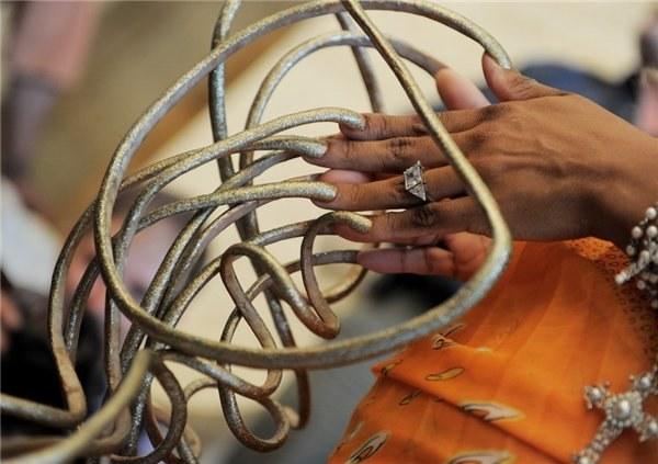 самые большие в мире ногти