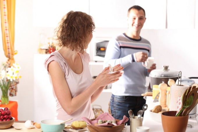Может ли жить молодая семья счастливо с родителями