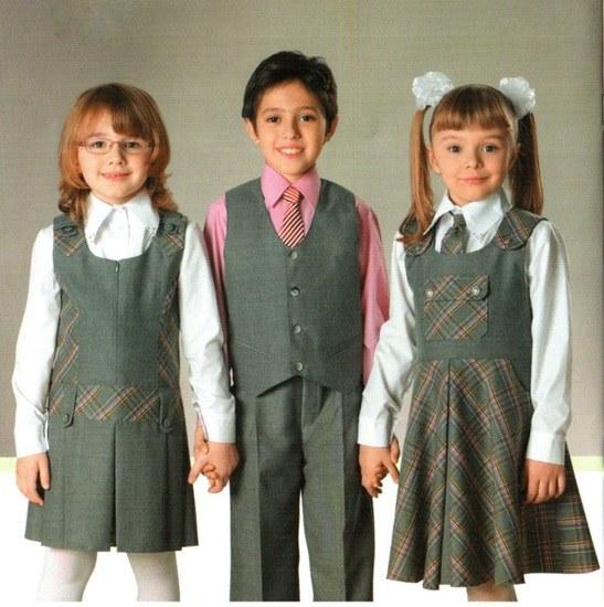Какую модель школьной формы практичнее выбрать для девочки