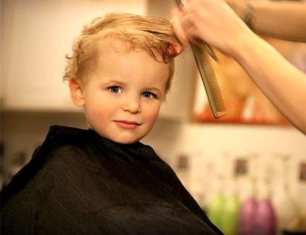 Дозволено ли стричь ребенка до года родителям