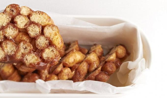 Кукурузные палочки в ирисе на десерт