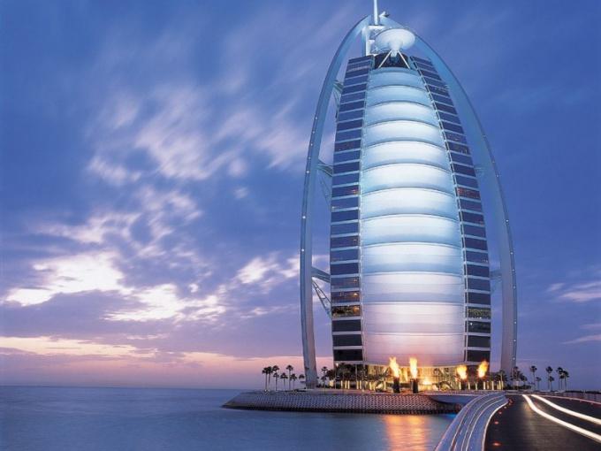 Деньги в какой валюте взять с собой в Дубай
