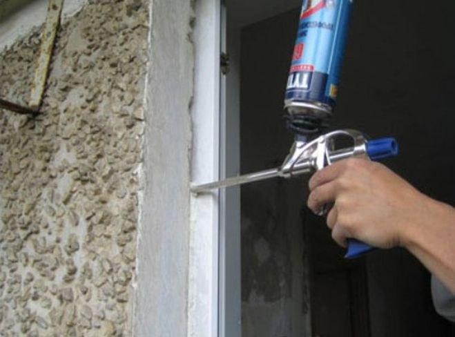 Как очистить пистолет от засохшей монтажной пены