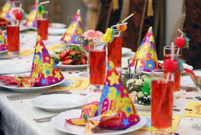 Table decoration birthday