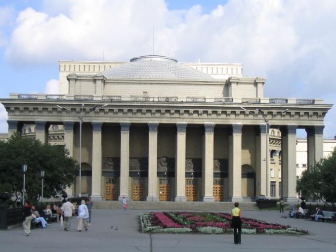 Какой театр лучший в Новосибирске