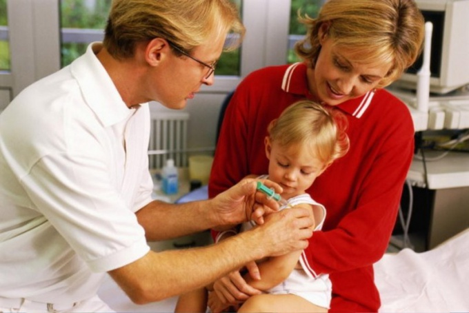 What vaccination is to child in 1.5 years