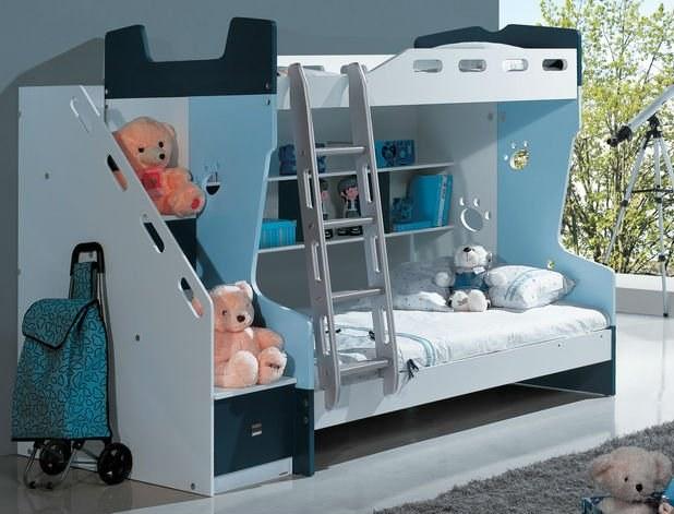 Двухъярусная кровать или как сделать жизнь ребенка интереснее
