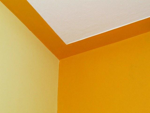 Как избежать ошибок при покраске потолка