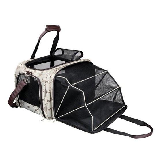 Примерно такая сумка, но можно использовать просто коробку с мягкой подстилкой
