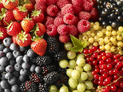 Berry Masks for Hair