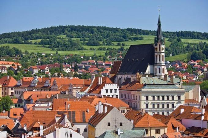 Южная Чехия со столицей в Ческе-Будеевице граничит с Австрией и Германией