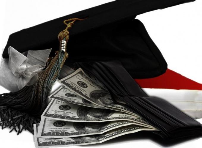 Какое образование для студента лучше: платное или бесплатное