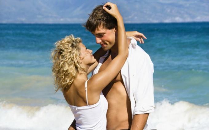 Почему первая любовь не умирает