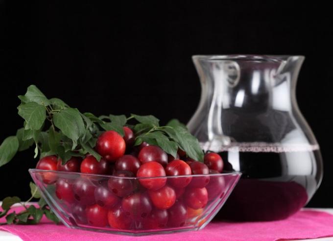 Как сварить компот из брусники