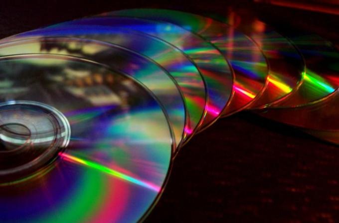 Почему DVD RW привод не читает DVD диски