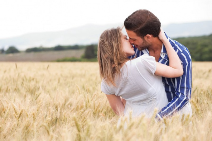 Можно ли заниматься анальным сексом, если у девушки геморрой