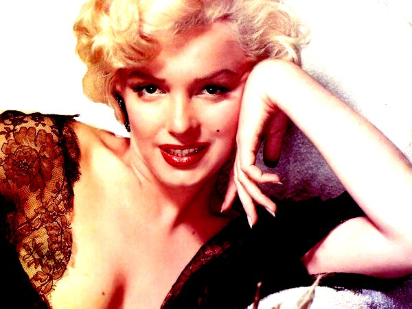 Marilyn Monroe - the most famous winner of moles on the face