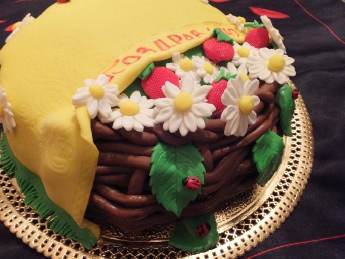 Как делать украшение для торта: цветы из мастики