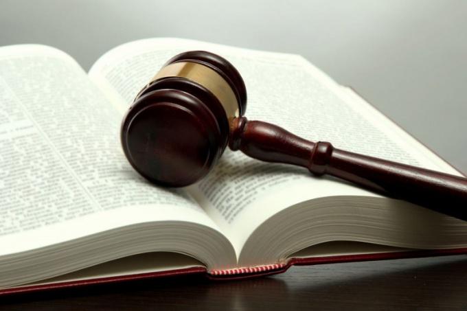 В каком документе прописаны основные законы нашей страны