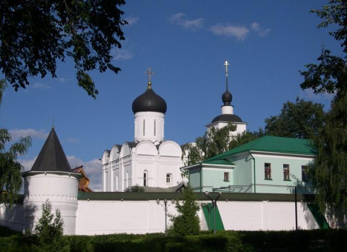 Какие есть монастыри в Подмосковье: история и значение
