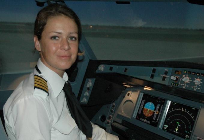 Софи Бланшард - пилот авиакомпании Etihad Airways