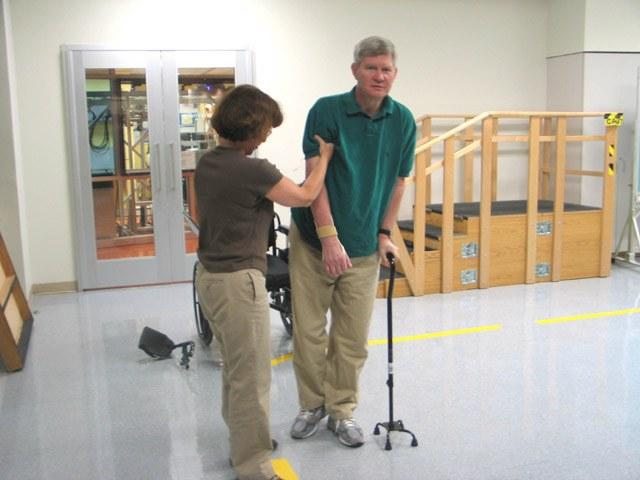 Как проводится полная реабилитация после инсульта в домашних условиях