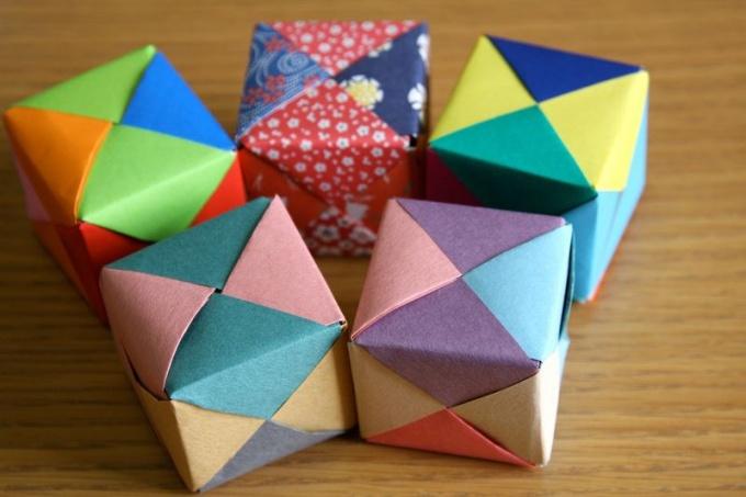 Кубик в технике оригами