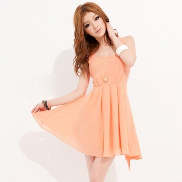 Каким должен быть макияж к персиковому платью