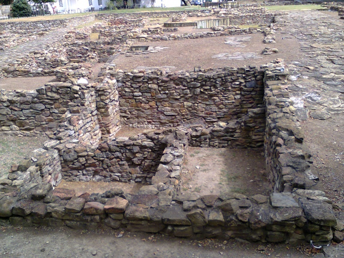 In Anapa you can see the excavations of the ancient Greek city of Gorgippia
