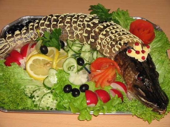 Готовим фаршированную щуку аппетитно