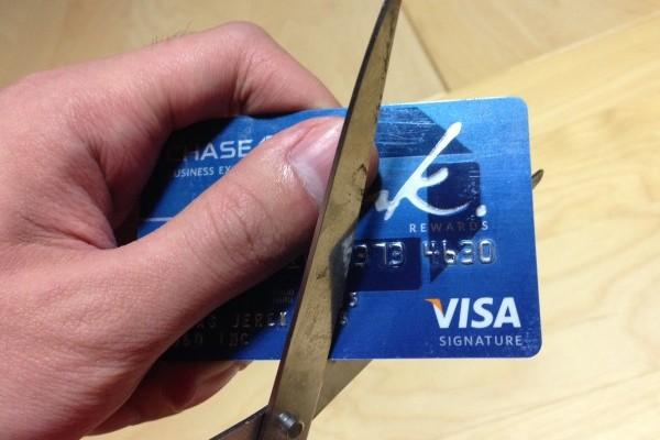 Закрытие банковских карт хотел