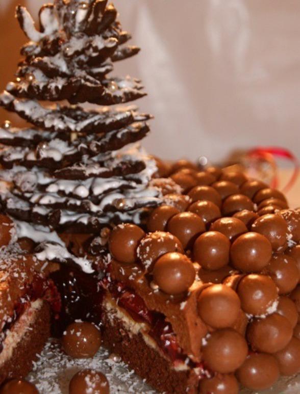 "Торт ""Новогодняя забава"""