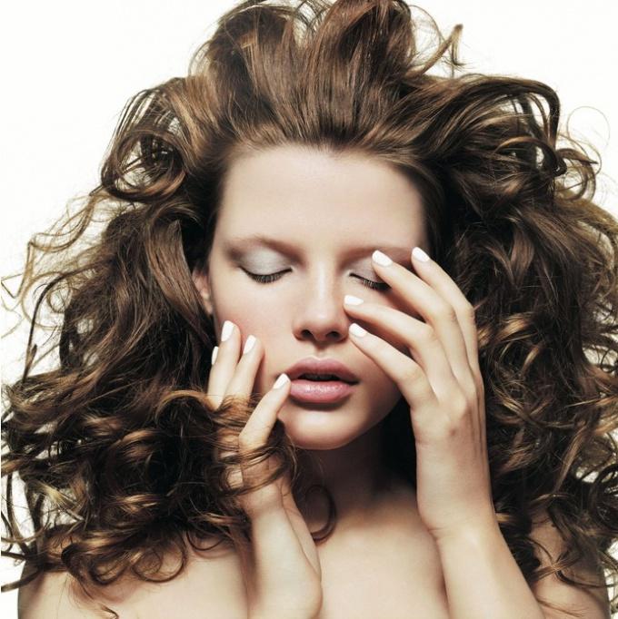 Ошибки в макияже, которые добавят возраста