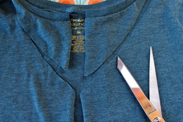 Как переделать футболку в болеро