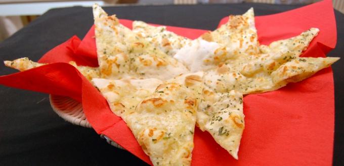 Фокачча с сыром рецепт с фото пошагово