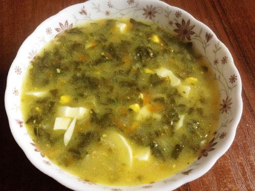 Суп со щавелем и сливочным сыром