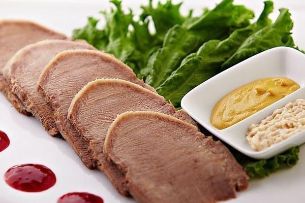 Секреты приготовления свиного языка